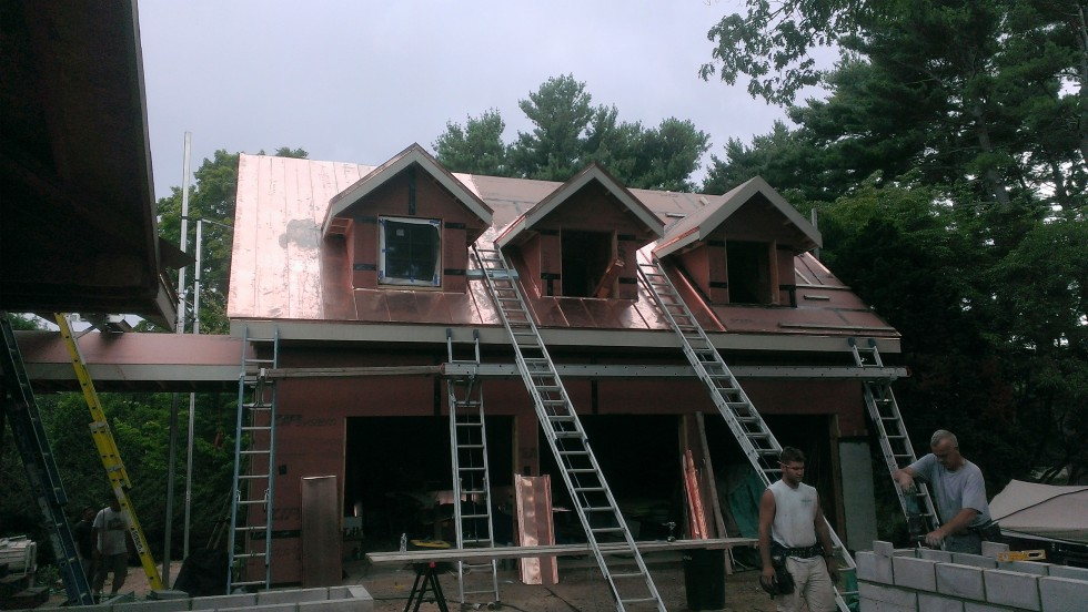 Garage is getting roofed